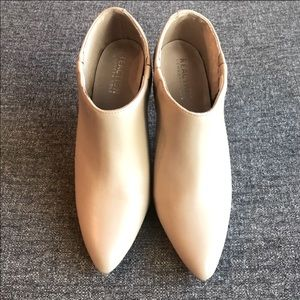 KENNETH COLE REACTION Nude Megella Pumps